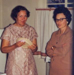 1967-12-30, Elizabeth MacDonald and Katherine Kadrmas