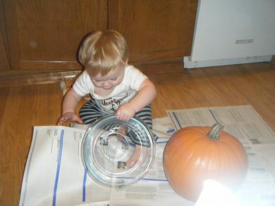 Carving pumpkins 2009