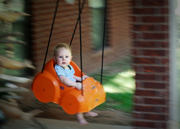 Cayden Swings (06-05-2011)