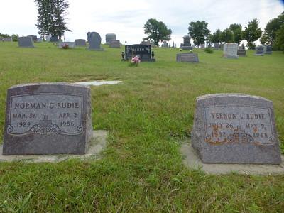 Grove Lake Lutheran Cemetery P1030119