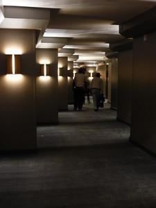 Marquette Hotel hallway P1030148
