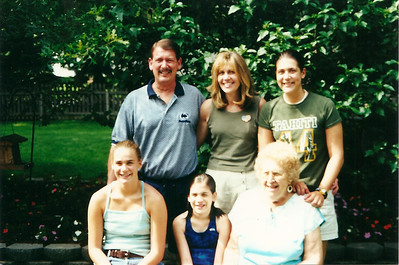 Tom & Barb Cerne Family with Evelyn Baad    7/2000