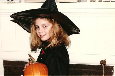 Madison Cerne - cutest witch ever - 10/96  (Jane's photo)