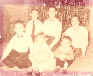 Bob, Tom, Jan, Ed Jr., Greg, Noreen - guessing this is Christmas 1957