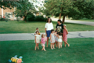 Chatherine, Bridget with lots of little ones     7/93