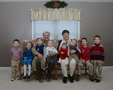 Grandama & Pa with grandkids