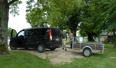 Patrick and Arne attaching the trailer to go pick up a fridge for the wedding