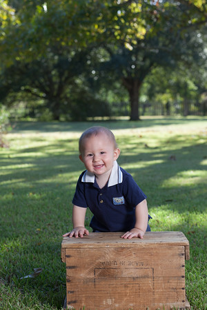 Chase Brown 9 months 10-12-16