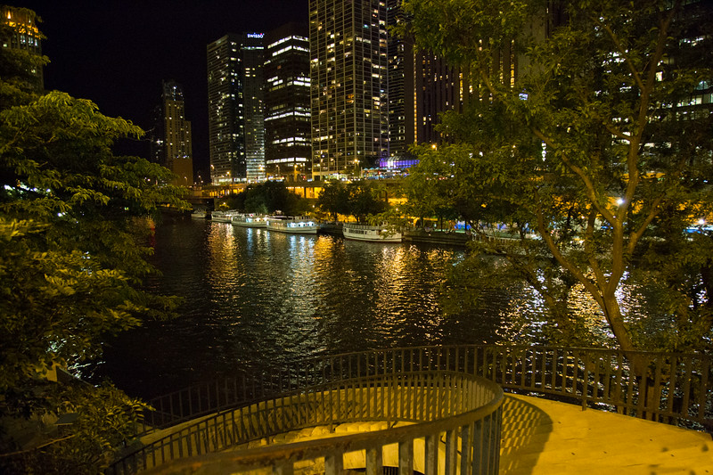 Chicago River Michigan Ave and Wacker Drive