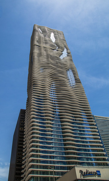 Aqua Tower – the tower that Jeanne Gang built