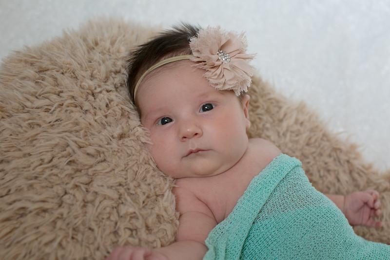Emilia Roberts Newborns 4-26-15--8