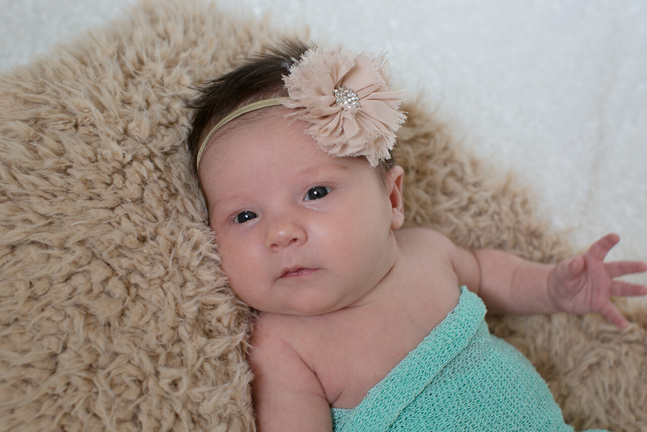 Emilia Roberts Newborns 4-26-15--3