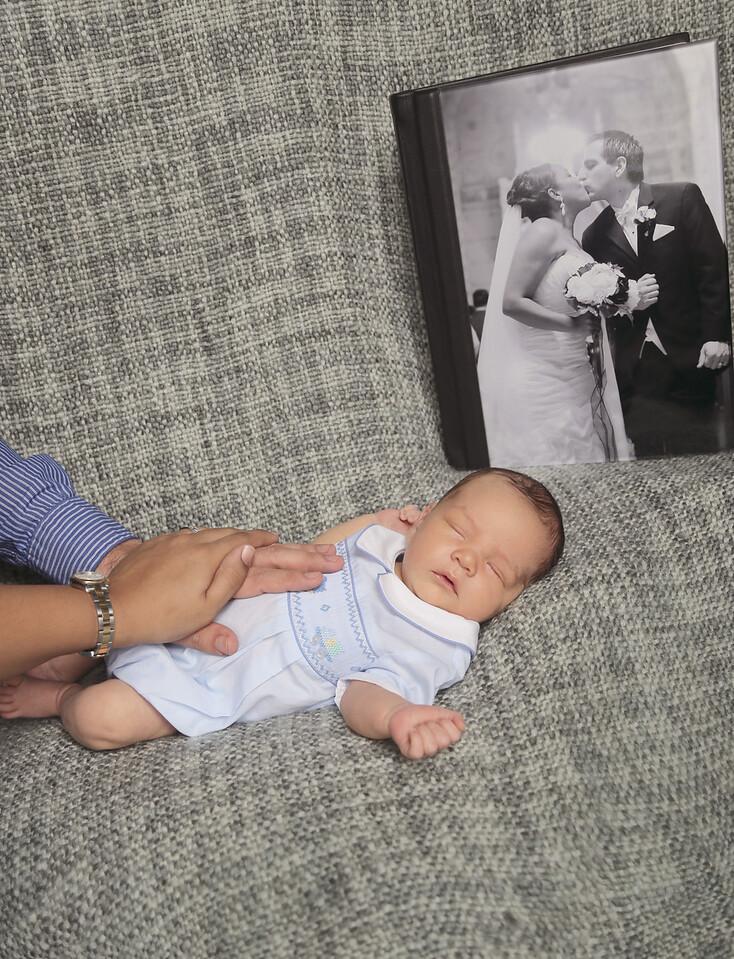 Enzo Lambert Newborns-36