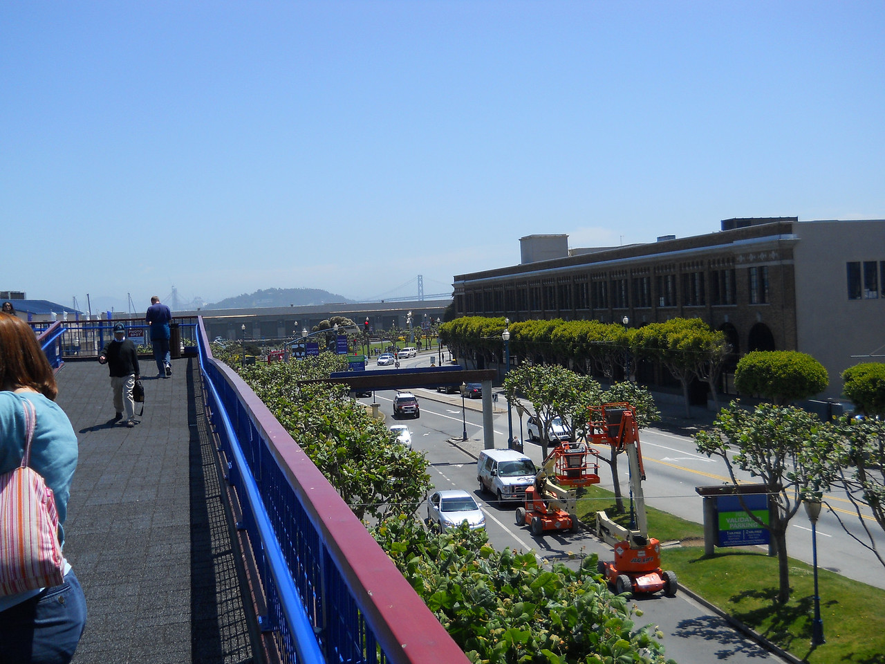 The bridge from the parking garage to Pier 39