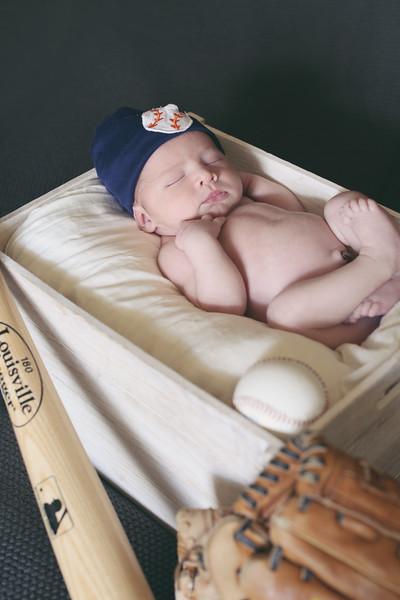 Tate Newborn Portraits-4
