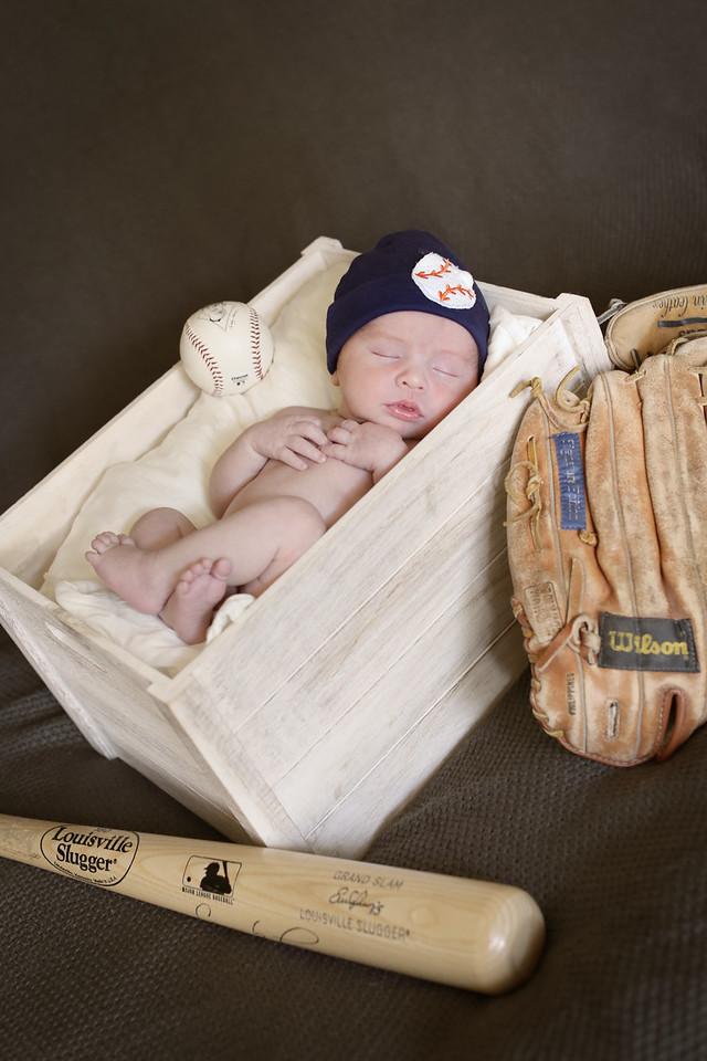 Tate Newborn Portraits-8
