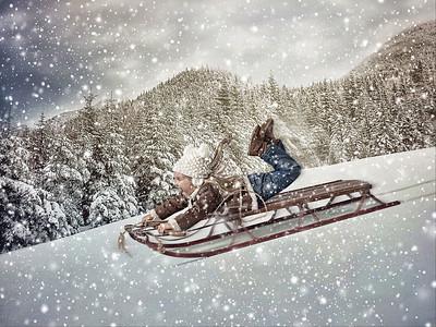 Chloe sled 2