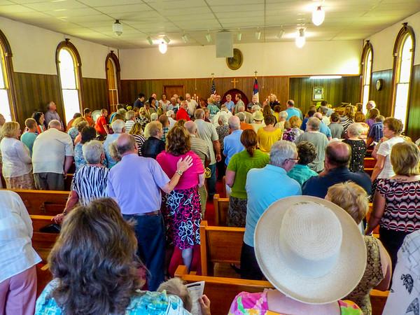 Grandmas Church: Christian Chapel