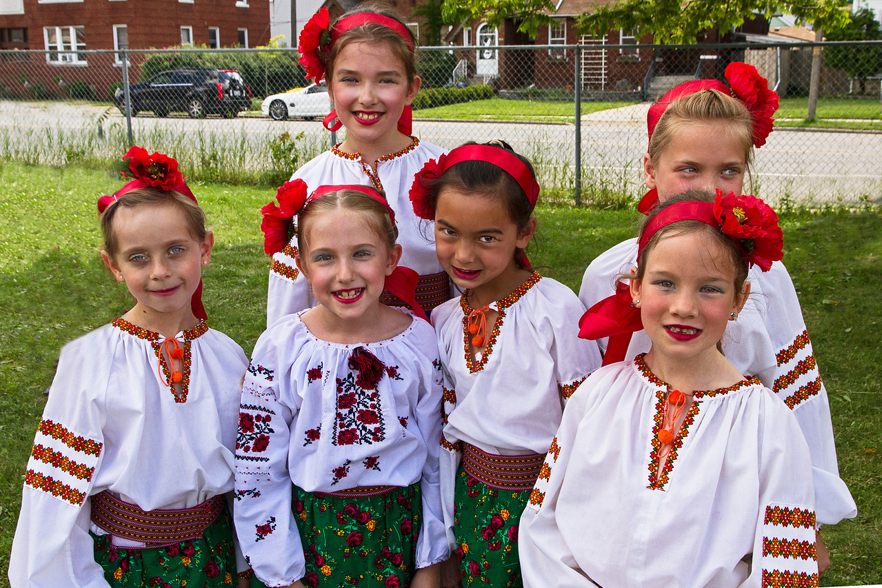 Christina and girls in her group before Sunday's performance