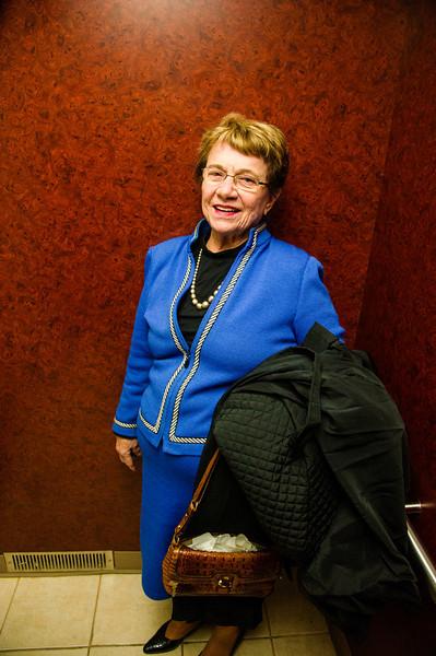 Lorna in the Elevator_D3S3355