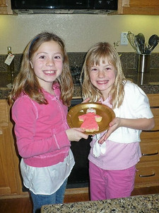 Juliana and Christiana and their special angel cookie