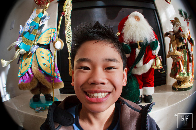 Andrew fisheye effect with three Santas.