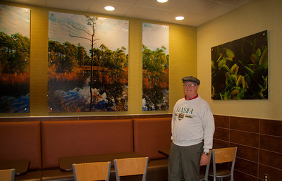 Harry with his photos in McD's, Dulcy chose the outdoor theme