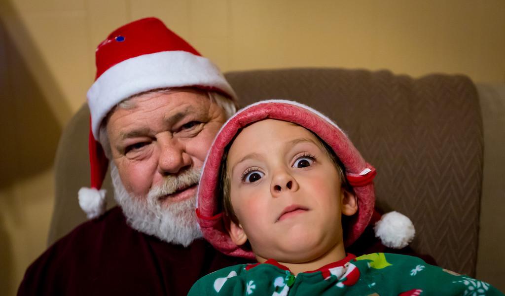 IMAGE: http://www.jefflhoman.com/Family/Christmas-2012/i-cbQmNhd/0/XL/0K7B2679-XL.jpg
