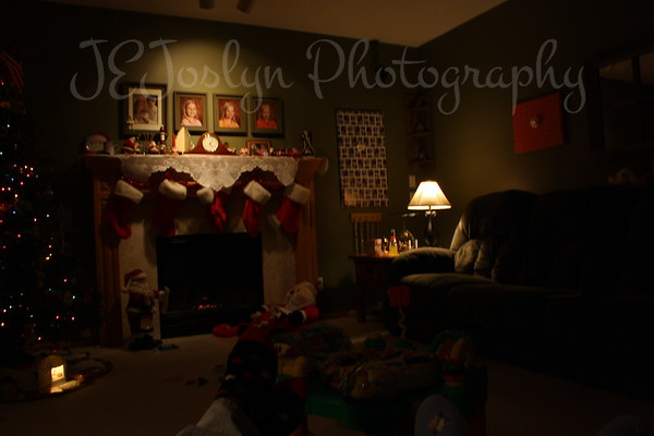 Twis the night before Christmas.................Christmas 2009, hosted by Matt and family.
