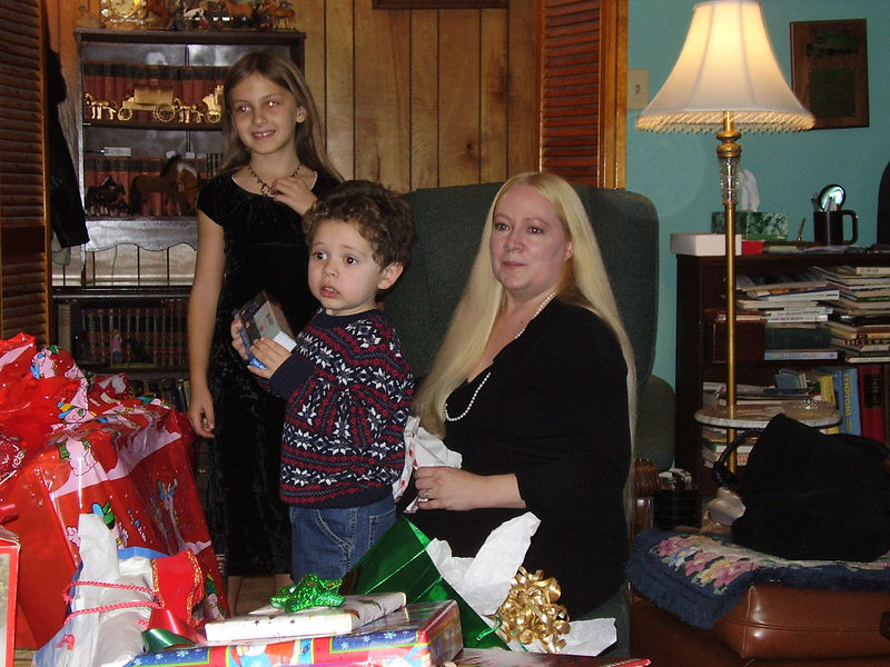 Lenora's daughter Kira, Angela's son Carlos, and Angela, Wendell's niece.