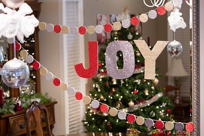 Christmas Decorations Lightroom Edit