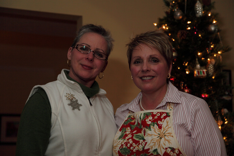 The sister Cathy and Carol