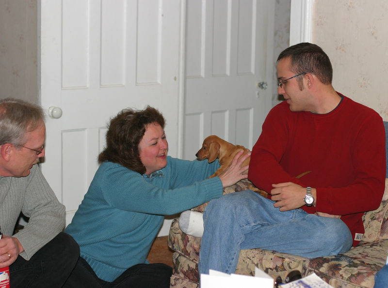 Laurie meeting Cinnamon with Larry & Ben