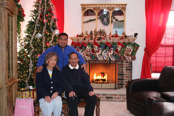 Christmas Family Pictorial  2006
