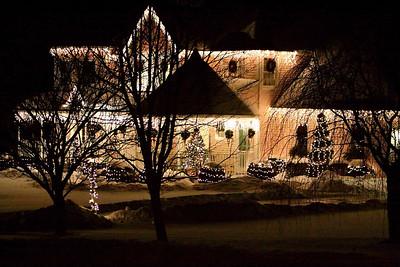 Christmas Eve-jlb-12-24-09-2613f