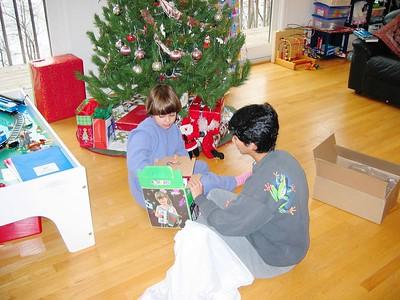 Christmas2004- 005