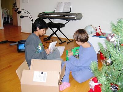 Christmas2004- 004