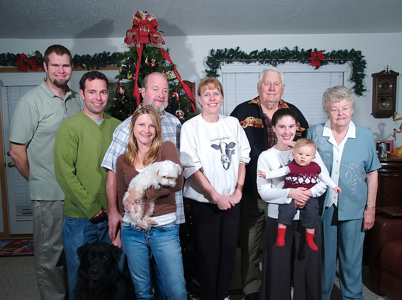 family portrait: Tony, Randy, Clugger, Rashel & Doc, Tony's stepdad Steve, Tony's mom Barb, grandpa Howard, Katie & Cody, grandma Ellen 12/25/06