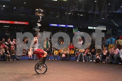Circusl060