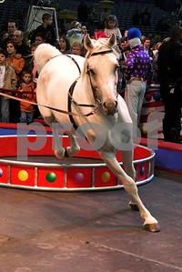 Circusl083