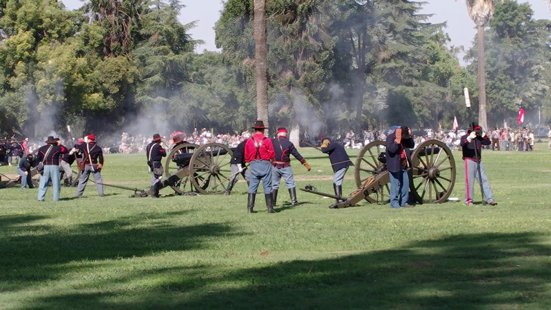 Video Afternoon Battle--CANNONS FIRE!