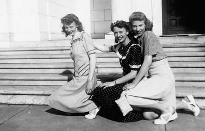Dot Woeste Schwartz, Clare, Ruth Wieste Schwartz