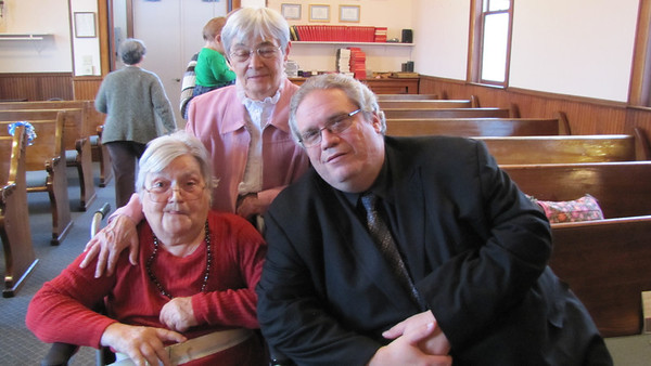 Myrtle Clark with sister Virginia and James Kaczmarek