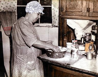 Grandma Smith; mother of Gladys.