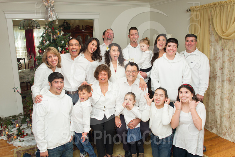 2012-12-27-maria-coggiola-family-4520
