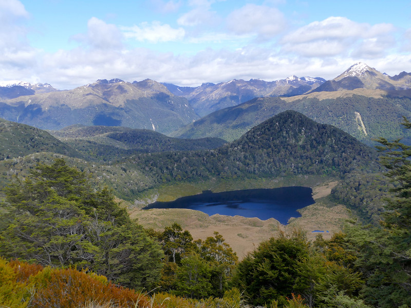 Triangle Lake, Grebe Valley