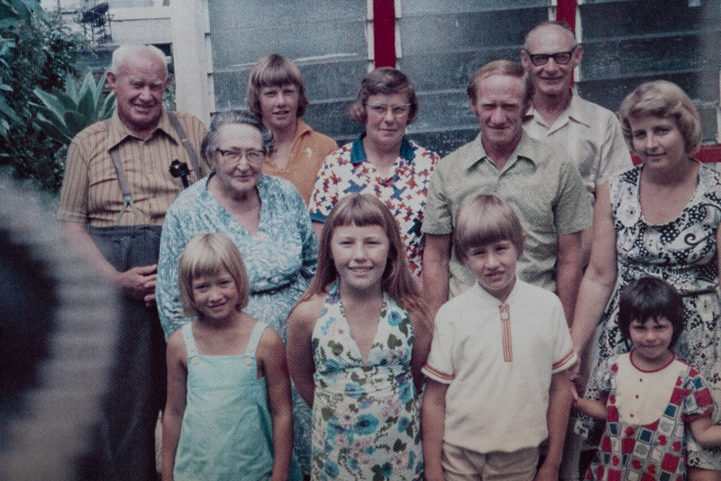 Rear: Charles (Dick) Holmes, Peter Holmes, Betty Holmes, Charles Holmes; Middle: Winifred (Bessie) Holmes, Colin Holmes, Enid Holmes; Front: Allison Holmes, Sue Holmes, Anthony Holmes, Kelly Holmes.