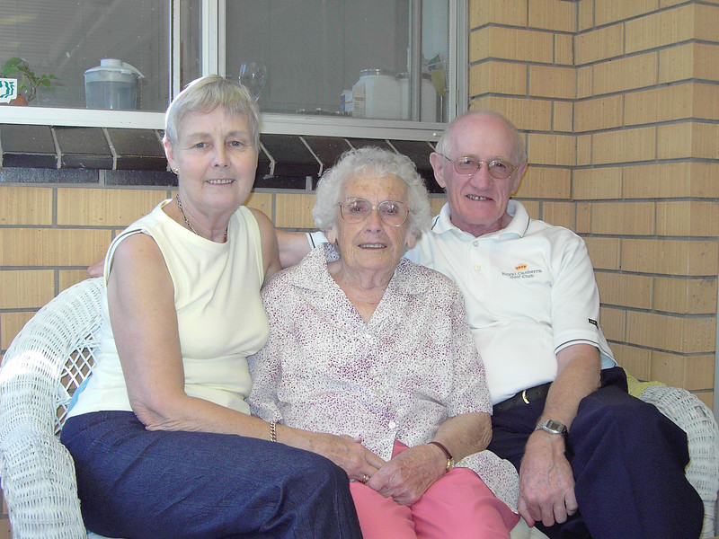 Enid Holmes, Isabel (Billie) Forsyth, Colin Holmes, Geelong, Victoria, 2005.