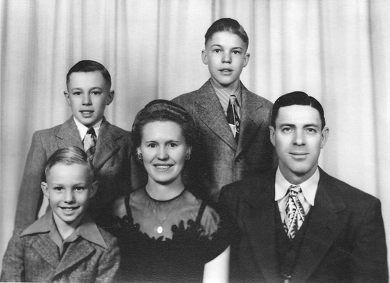 Leo Irlbeck Family20080112 (1)