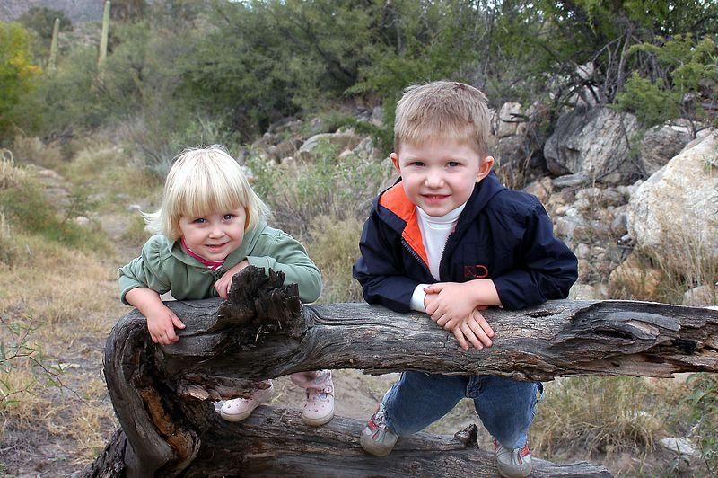 2004102312625_20041113_Connor_&_Sadie's_Hike